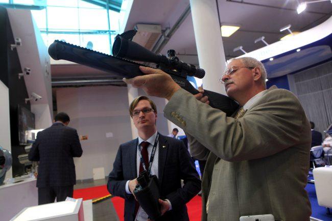 Международный военно-морской салон оружие винтовка