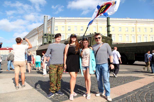 день ВМФ моряки Андреевский флаг