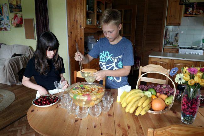 Детская деревня SOS приёмная семья Катя Максим