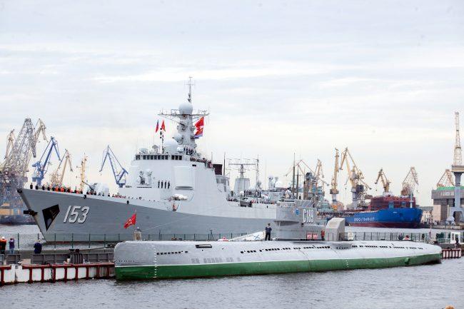 эсминец Сиань ВМС Китая военный корабль флот подводная лодка С-189