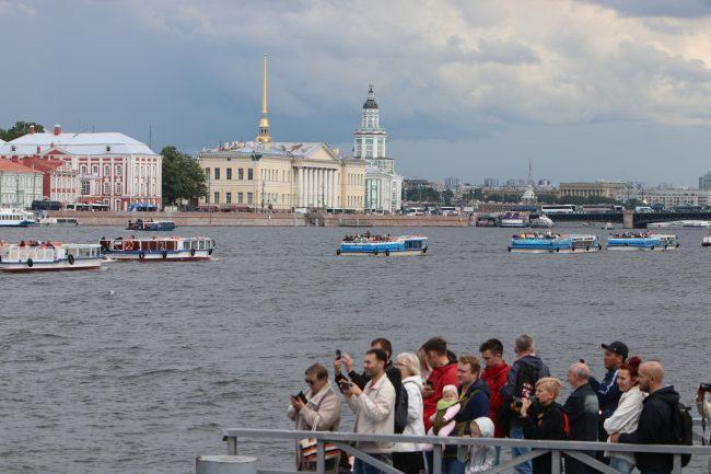 речной фестиваль водный транспорт прогулочные теплоходы