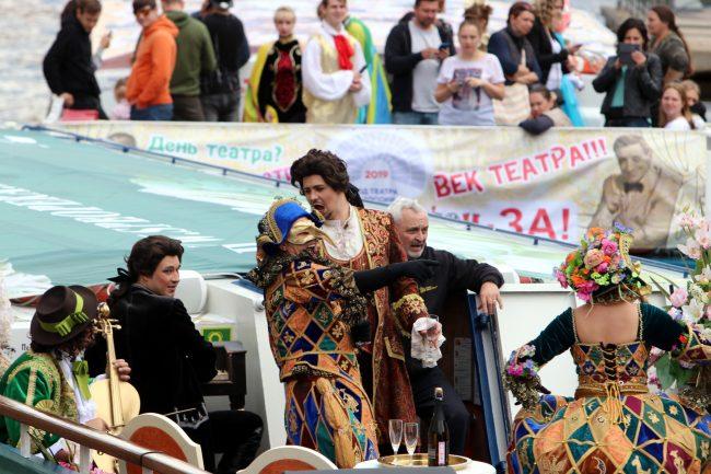 речной фестиваль прогулочный теплоход театр Санкт-Петербург Опера