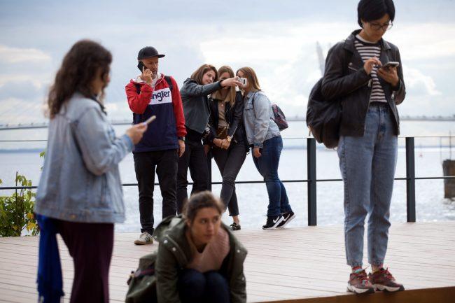Стереолето зрители молодёжь селфи
