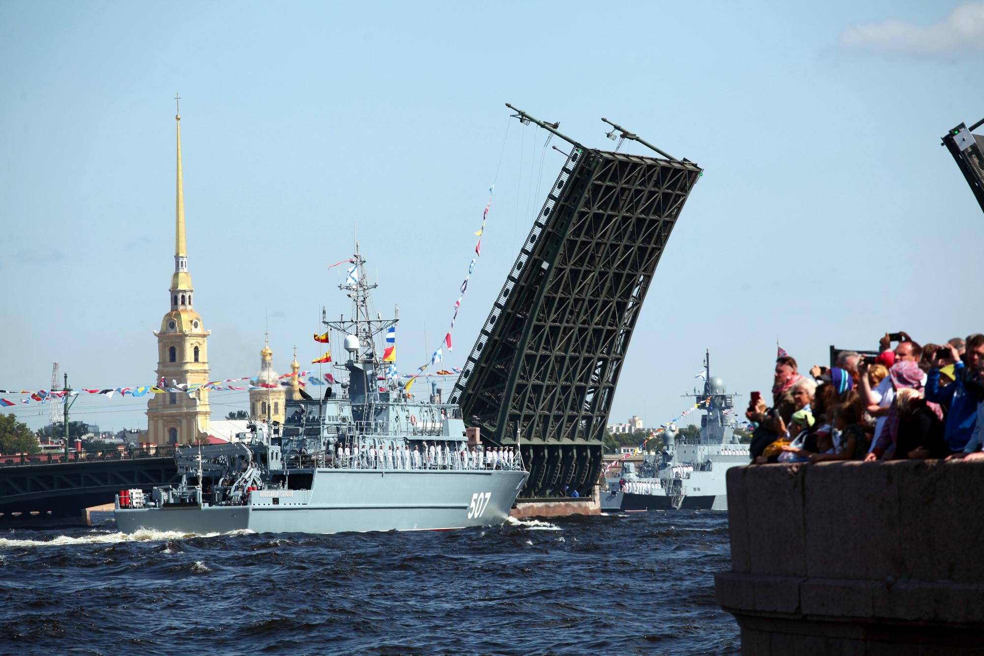 подход фотографии парада вмф россии санкт петербург мастер-класс фото детальная