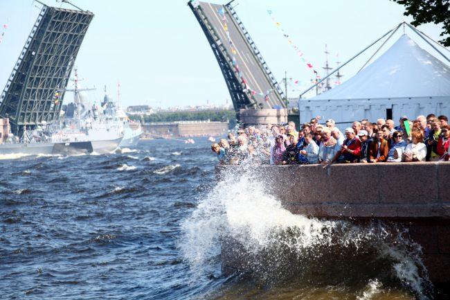 военные день ВМФ репетиция малый ракетный корабль Советск