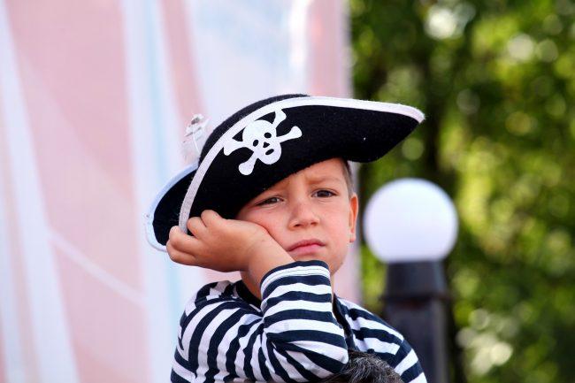 ораниенбаумский морской фестиваль пираты абордаж дети ребёнок