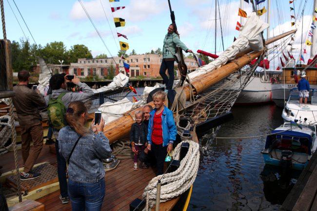 ораниенбаумский морской фестиваль паруса корабли