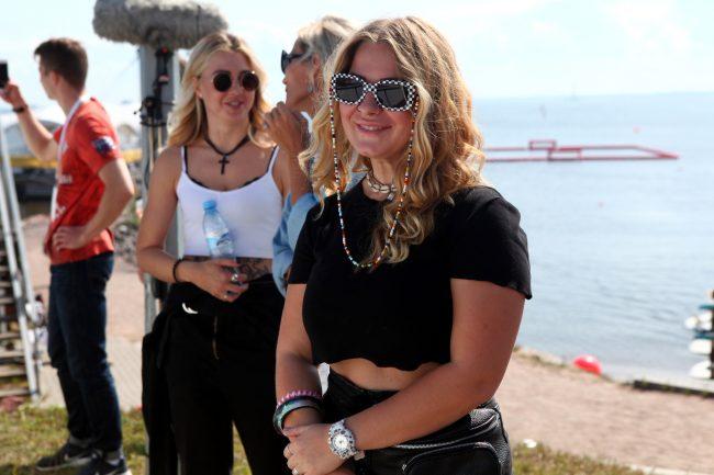 фестиваль водных видов спорта Огонь, Вода и Трубы вейкбординг красивые девушки