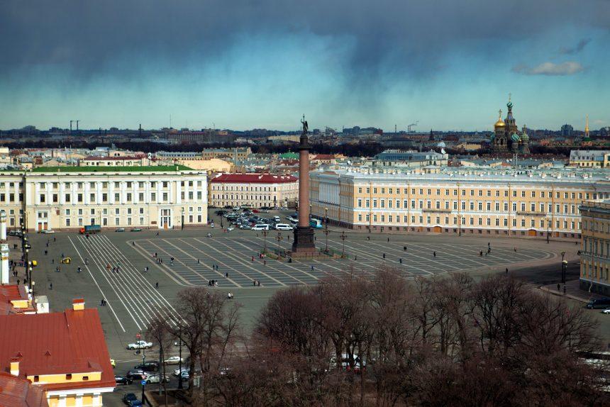 дворцовая площадь крыша Александровская колонна эрмитаж