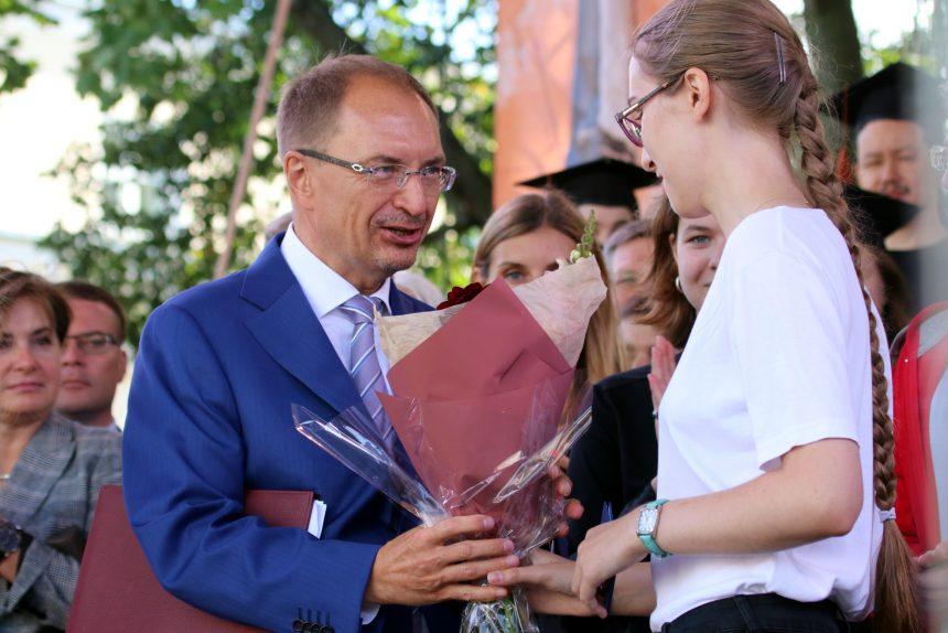 посвящение в студенты СПбГУ Кропачев ректор университета