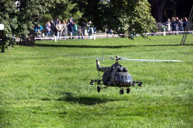 Елагин слёт радиоуправляемые модели вертолёт