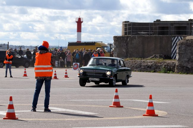 фестиваль ретротехники Фортуна автомобиль Волга
