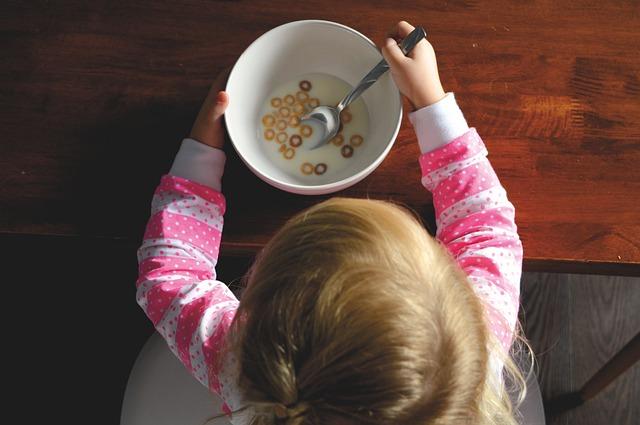 завтрак дети ребенок хлопья