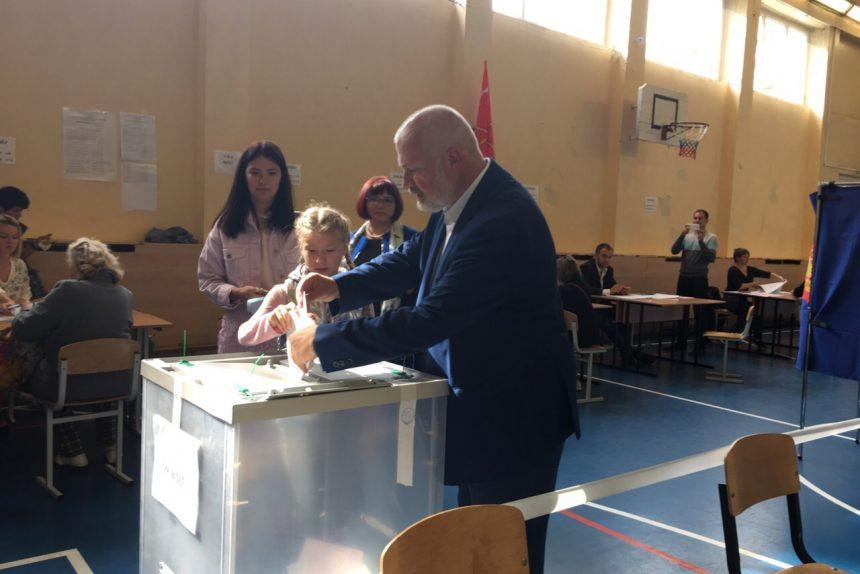 Амосов, выборы