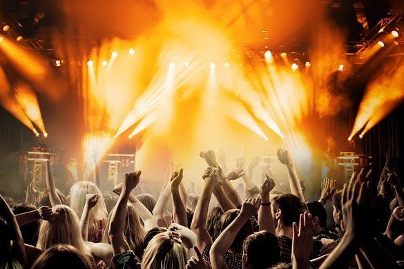 вечеринка концерт музыка танцы