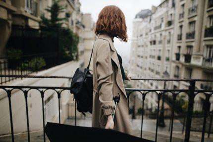 дождь зонт девушка туризм балкон