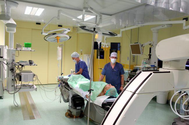 медицинский центр имени Алмазова операция кардиология хирургия