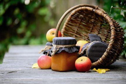осень варенье банки яблоки корзина продукты