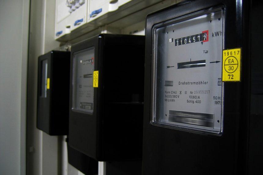 В Петербурге прокуратура потребовала заблокировать сайты со способами «кражи» энергии