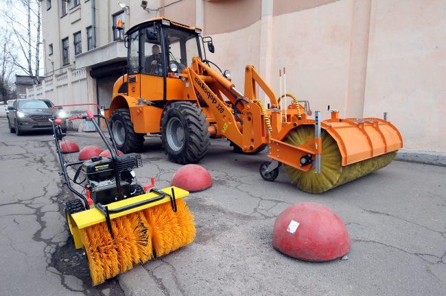 трактор уборочная техника зимняя уборка