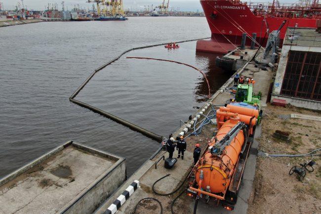 учения по ликвидации разлива нефтепродуктов пнт петербургский нефтяной терминал