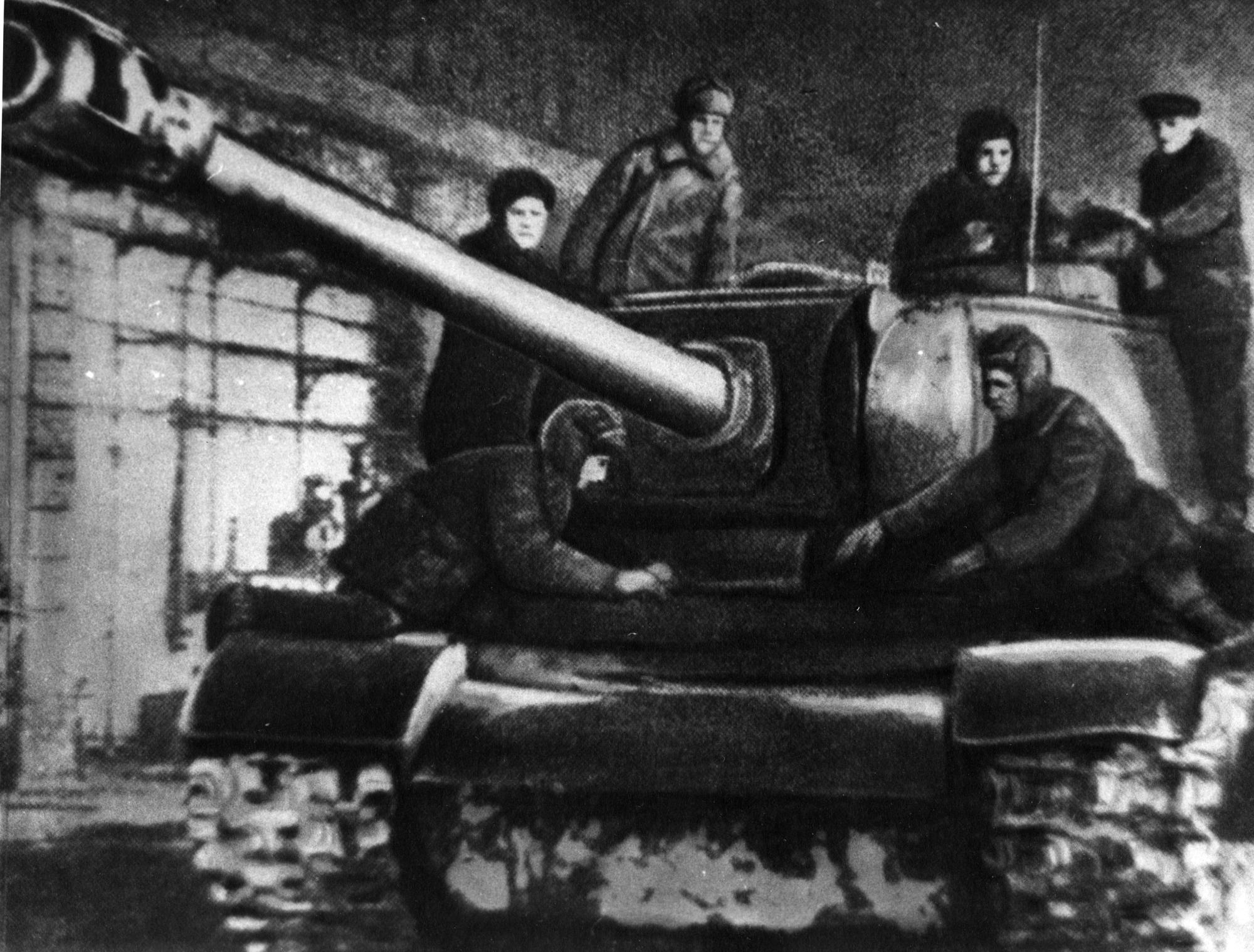 Ремонт танка на Кировском заводе