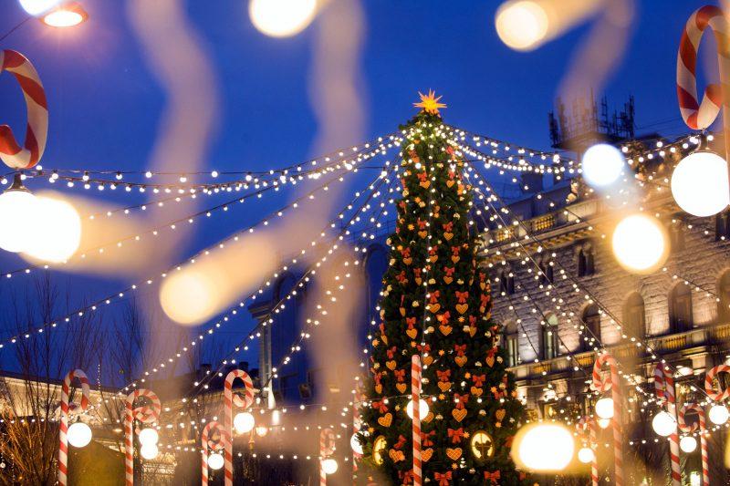 Рождественская ярмарка новый год ёлка украшения