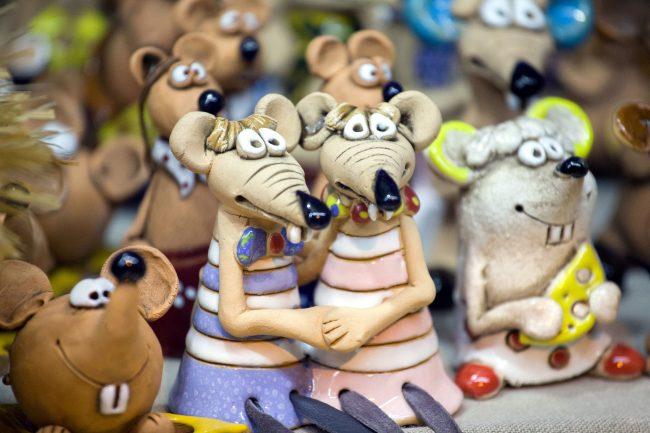 Рождественская ярмарка новый год украшения мыши год крысы