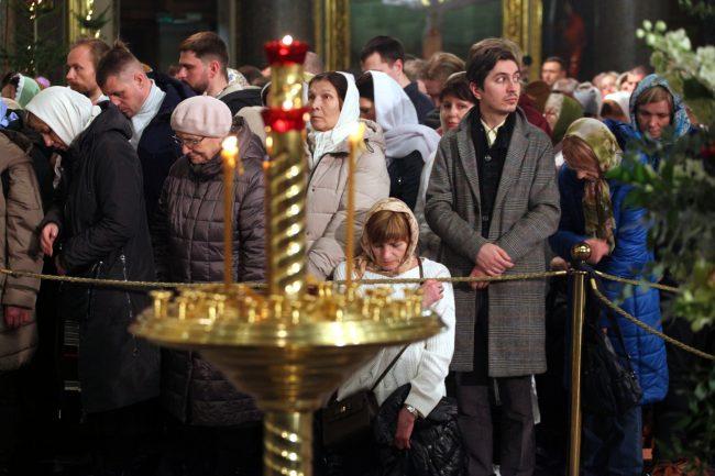 Рождество Казанский собор рождественская служба верующие христиане дети