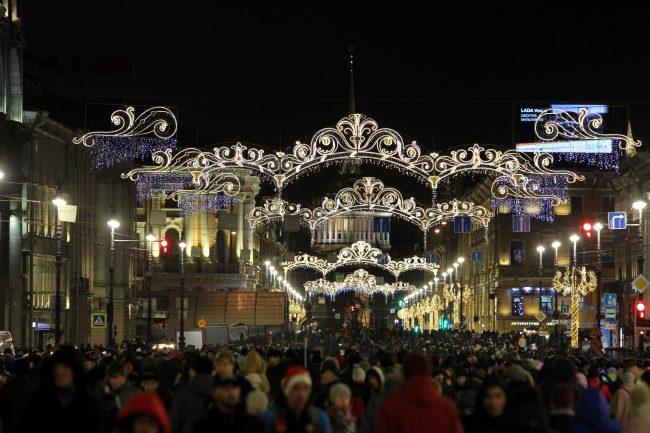 новый год новогодняя ночь гуляния Невский проспект
