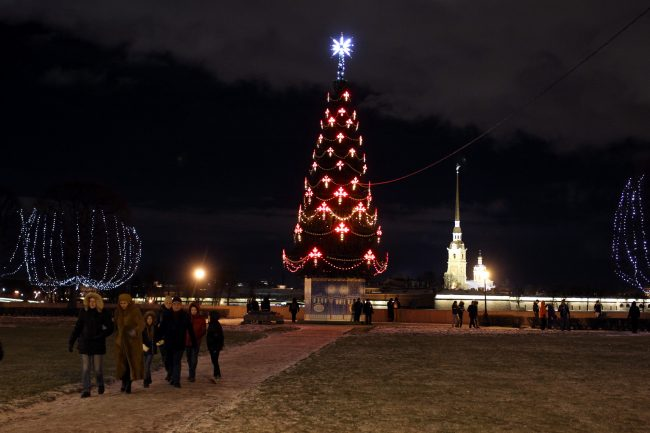 новый год новогодняя ночь украшения ёлка стрелка васильевского острова