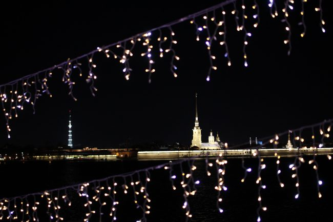 новый год новогодняя ночь украшения иллюминация петропавловская крепость