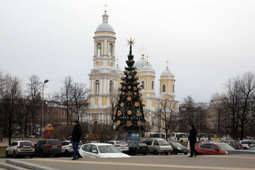 новогодняя ёлка Князь-Владимирский собор тёплая зима