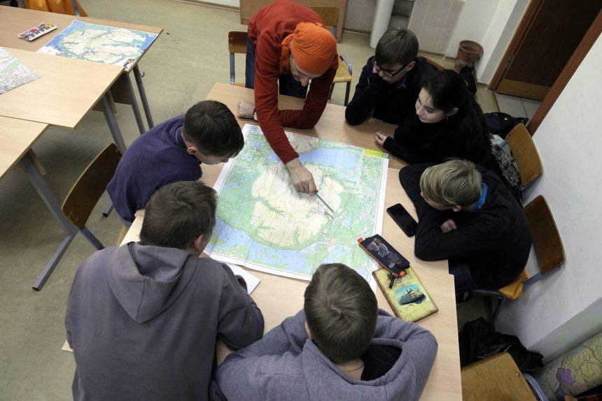 Безопасные трудности: как работает парголовская Школа выживания для школьников?
