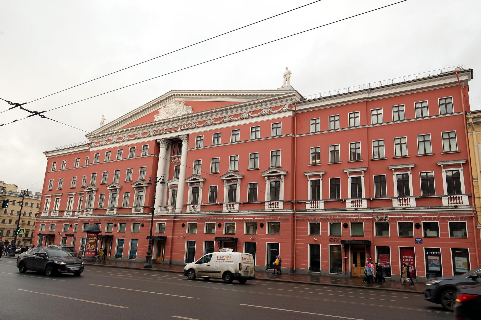 Невский проспект 68 здание новодел