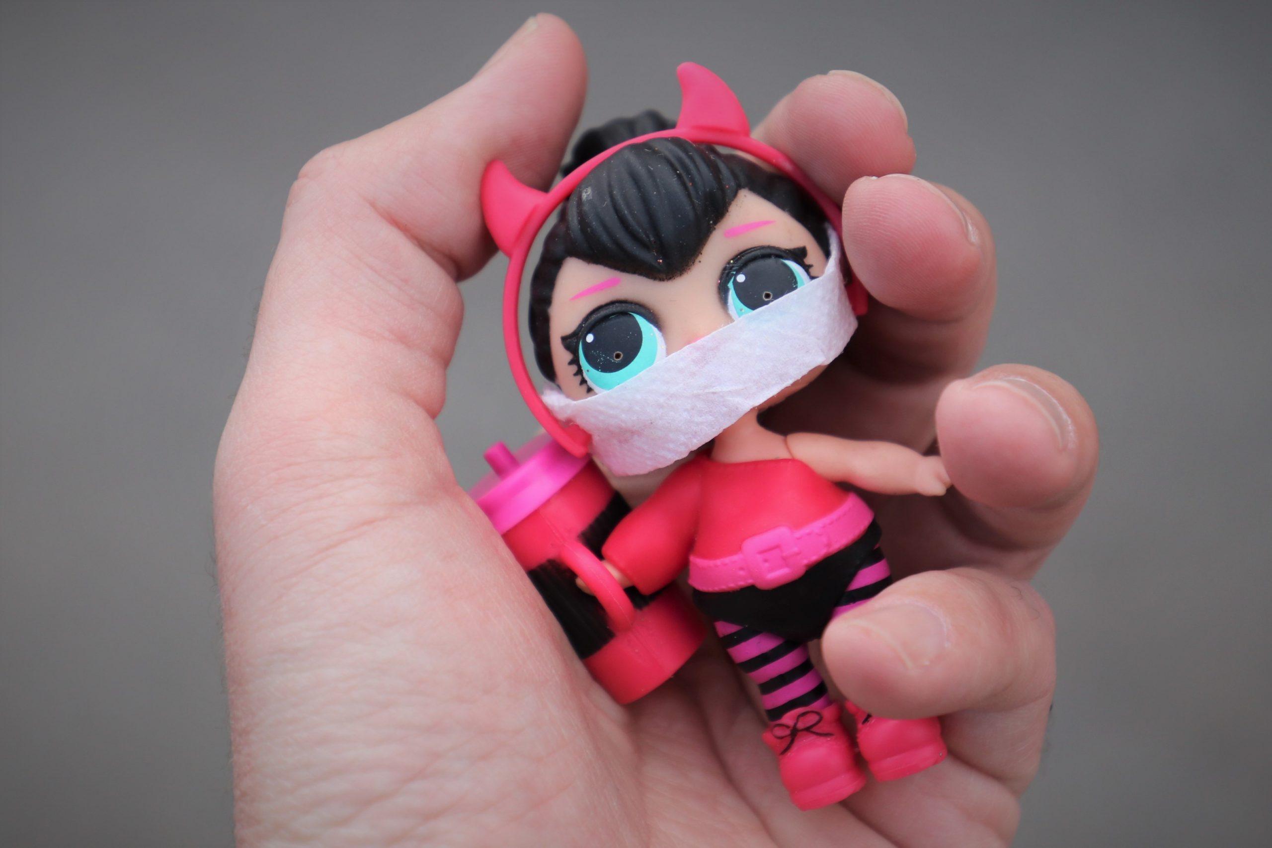кукла, маска, коронавирус