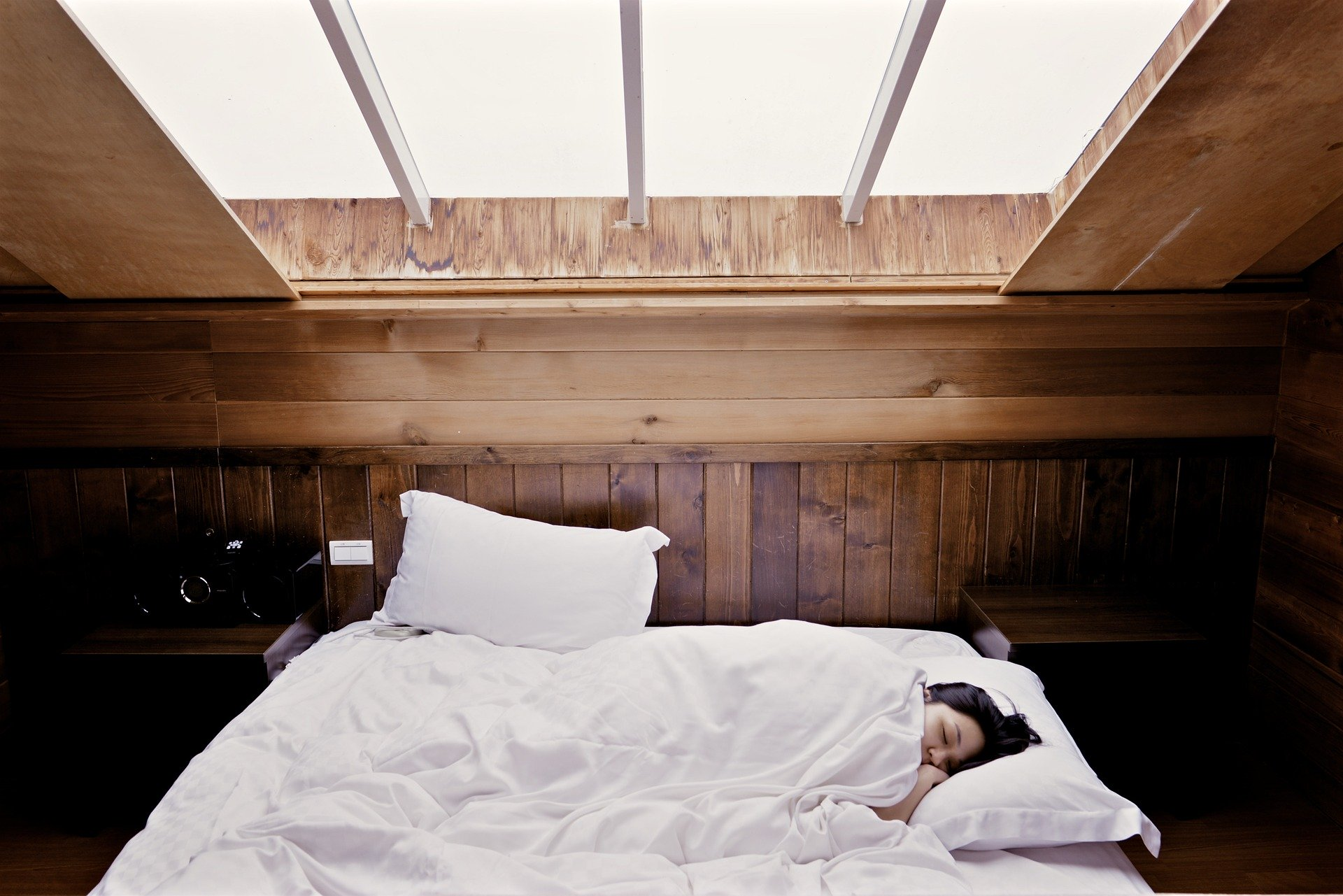 сон, кровать, спящая девушка