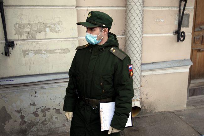 военный, солдат, медицинская маска, карантин