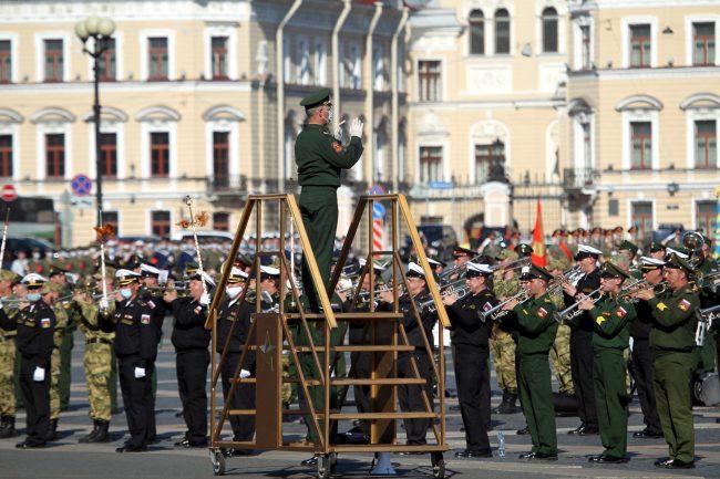 репетиция парада Победы, Дворцовая площадь, военные оркестры, музыканты