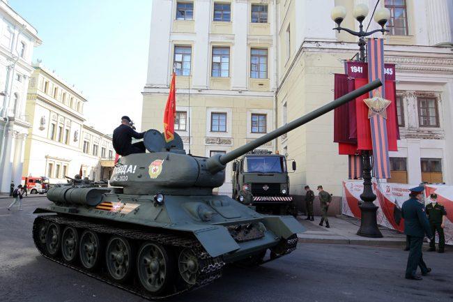 парад победы, танк т-34