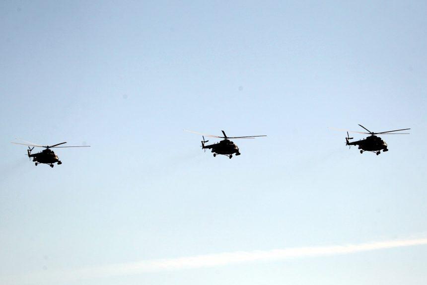 парад победы, Дворцовая площадь, вертолёты