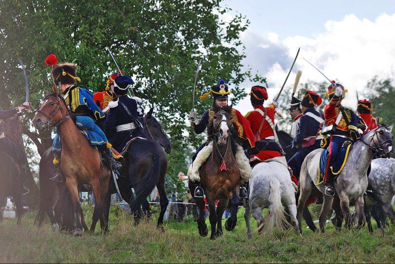 реконструкторы реконструкция наполеон лошади кони сражение битва война