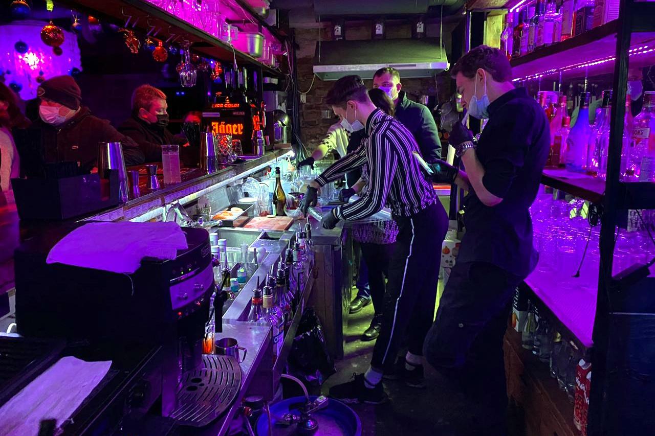 ресторан, кухня, бар, спиртные напитки, алкоголь
