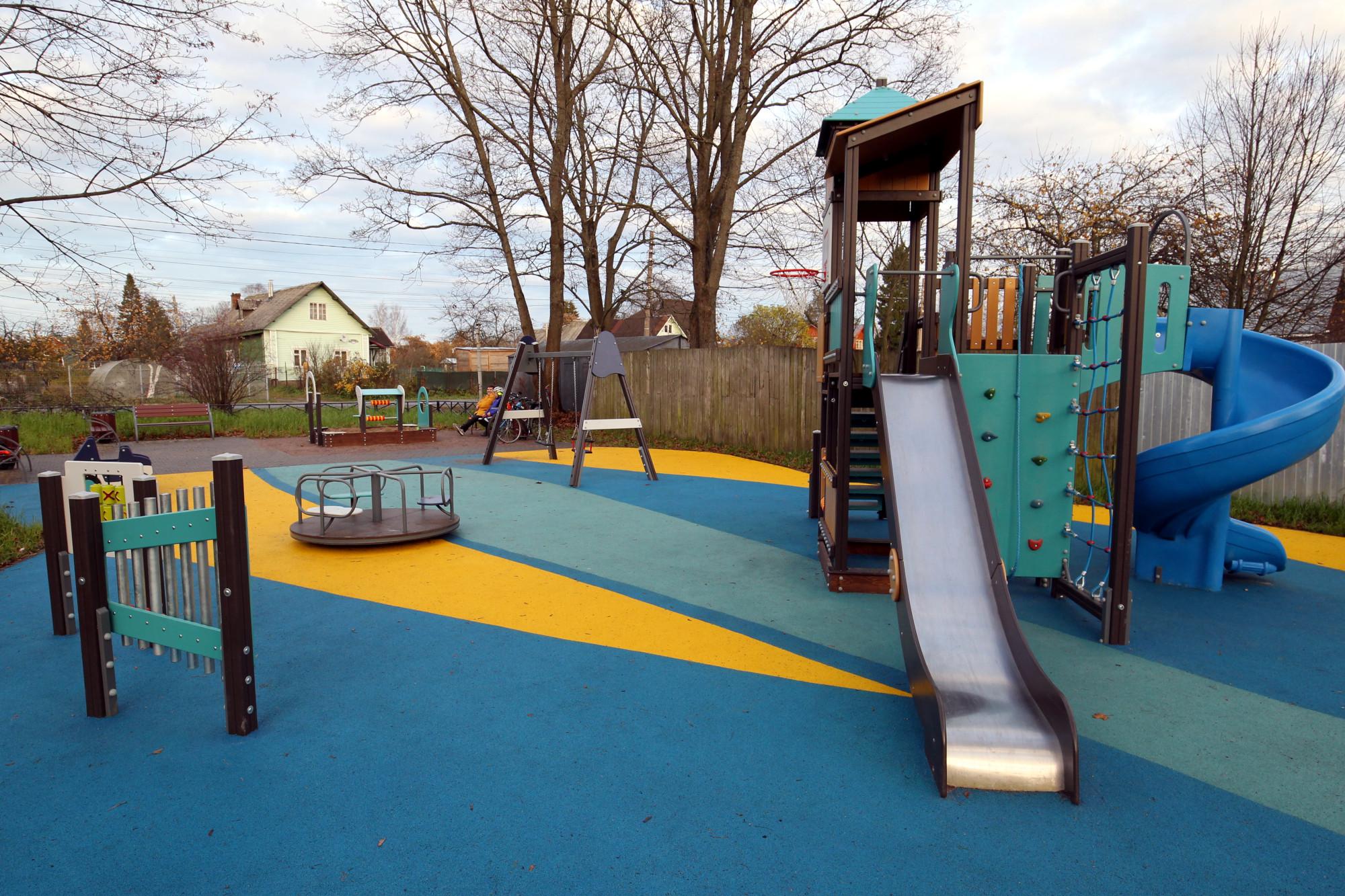 детская площадка, Парголово, улица Ломоносова 44