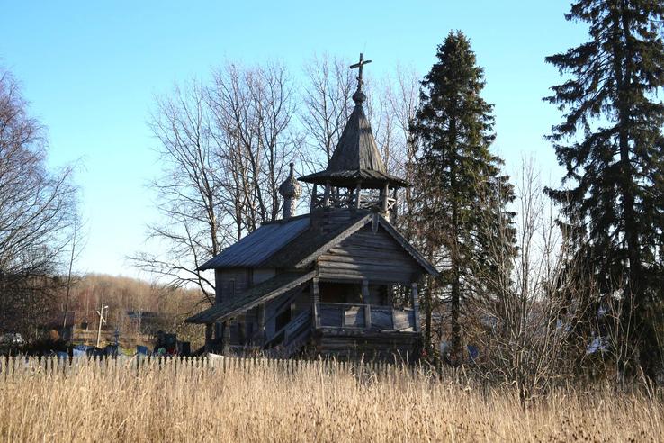 В Заозерье заново собирают часовню XVIII века