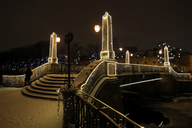 Красногвардейский мост, новогодние украшения, иллюминация