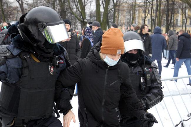 протест, акции в поддержку Навального, митинг, ОМОН, задержания