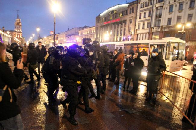 протест, акции в поддержку Навального, митинг, задержания, полиция