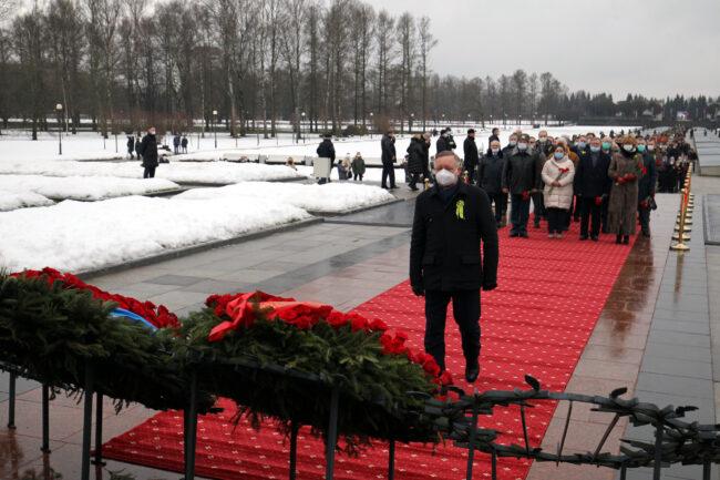 Пискарёвское мемориальное кладбище, день снятия блокады Ленинграда, почётный караул, Александр Беглов