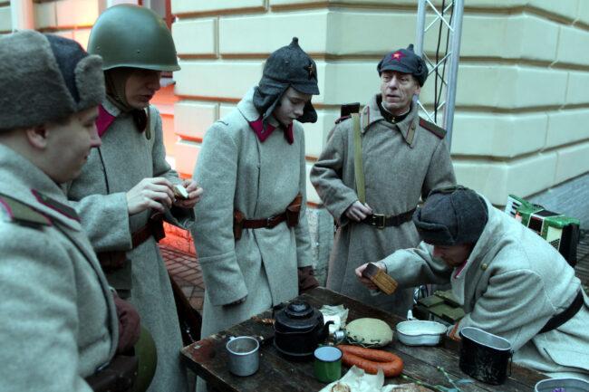 Капелла, день снятия блокады Ленинграда, памятная акция, реконструкторы, обед